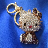 KEYCHAIN: Hello Kitty! 2 color choices