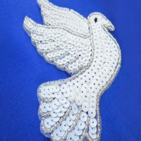 SEQUIN BEADED APPLIQUE: Dove [white]