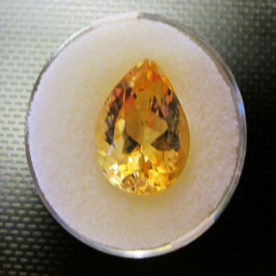 CITRINE: pear cut (9.13 carat)