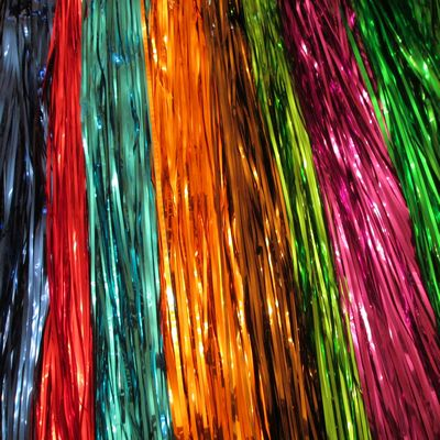STREAMERS: Metallic/Wet Look, 24 inch, 21 colors - Click Image to Close